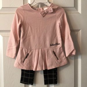 Like new Calvin Klein toddler outfit size 18 m